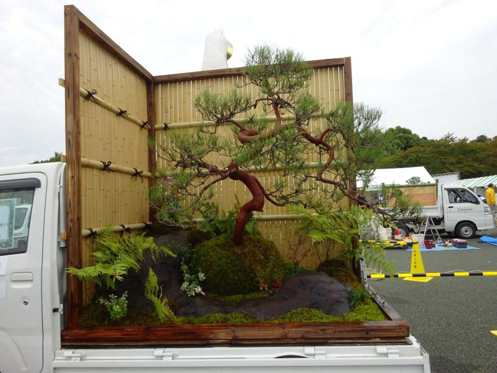 Κήποι σε καρότσες φορτηγών 1