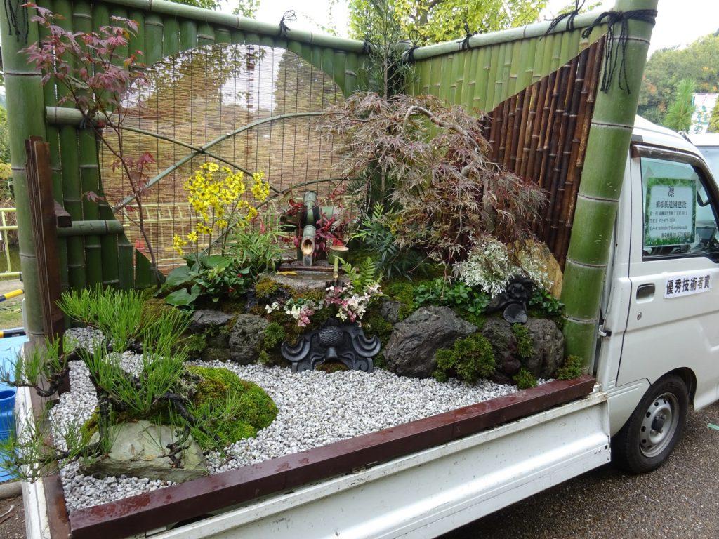 Κήποι σε καρότσες φορτηγών 2