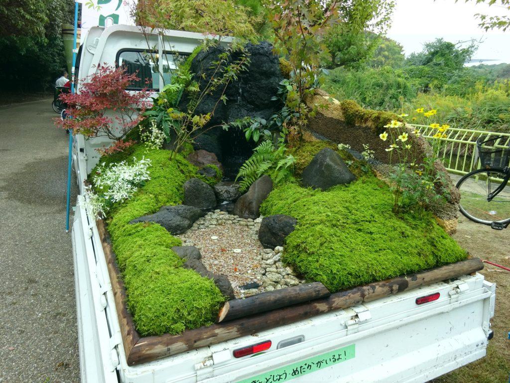 Κήποι σε καρότσες φορτηγών 6